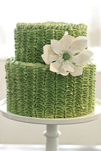 Koru Wedding Style: {Wedding Cakes} sweetly green