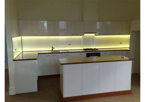 bandeau led cuisine splashlite led kitchen splashback light from ledfx