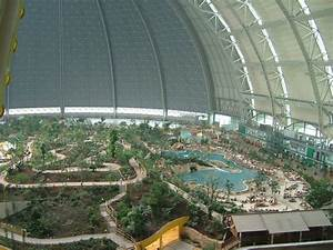 Pools In Berlin : berlin germany tropical island swimming pool inside a zeppelin hangar near berlin very big ~ Eleganceandgraceweddings.com Haus und Dekorationen