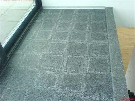 granit kalk entfernen bodenmarkierungen entfernen mit der