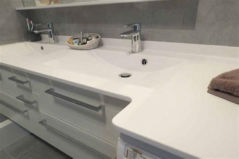 plan de travail cuisine gris meuble salle de bain avec lave linge photo 1 1 3520932