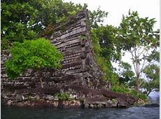 Pohnpei Tomb of first chief shows Pacific Islanders
