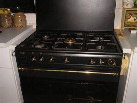darty cuisine prix gaziniere 5 feux gaziniere 5 feu sur enperdresonlapin