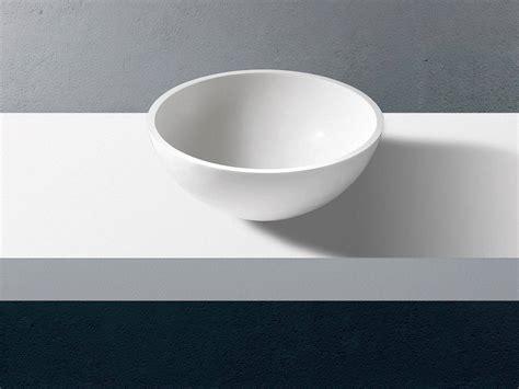 lavabo bagno corian lavabo da appoggio tondo in corian solid surface pantheon