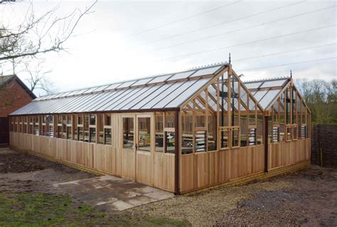 wood frame  polycarbonate lean  greenhouse modern house