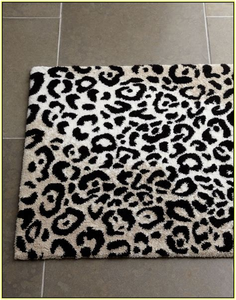 leopard print rug black and white leopard print rug rugs ideas