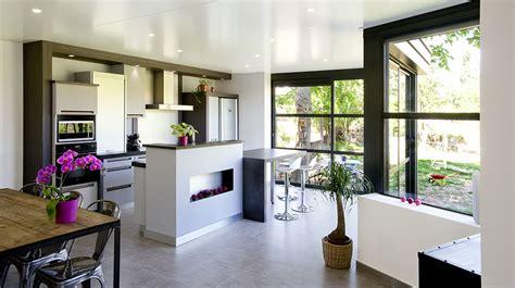 cuisine ouverte sur salon salle à manger réaliser une véranda cuisine verre clair
