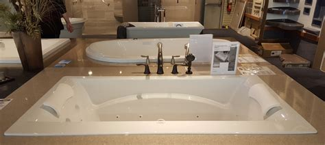 How to make your bathtub a luxury retreat   Handy Man