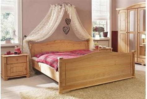 wrought iron princess canopy bed looking for this canopy bed 39 crown 39 and curtaining