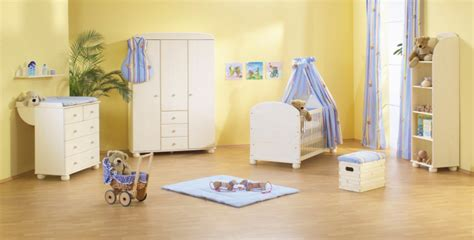 chambre fille jaune photo décoration chambre fille jaune