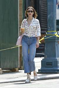 Alexa Chung in Jeans -20 - GotCeleb