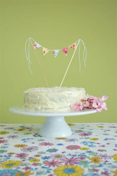 fabric bunting cake topper tutorial with hummingbird cake