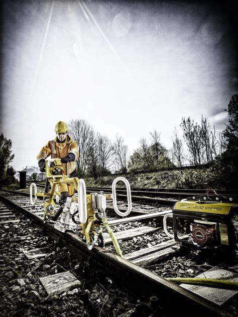 railway news robel track construction machines track