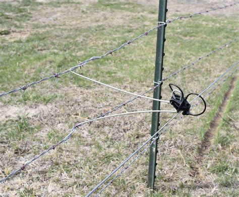 Electric fence insulators for wooden or t posts, polywire, polytape, gate and more. Stand-off Insulator w/ Pin Lock Datamars Livestock - Insulators | Electric Fencing