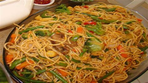 hakka cuisine recipes how to hakka noodles recipe vegetable chow