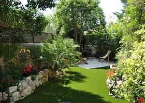 Paysager Son Jardin : petit jardin paysager materiaux naturels champagne ~ Dallasstarsshop.com Idées de Décoration