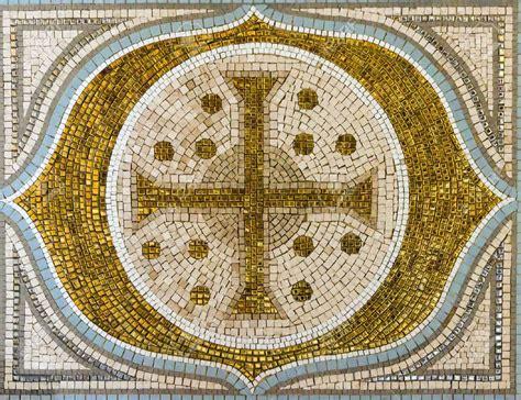 religious mosaic portrayal artistry mozaico