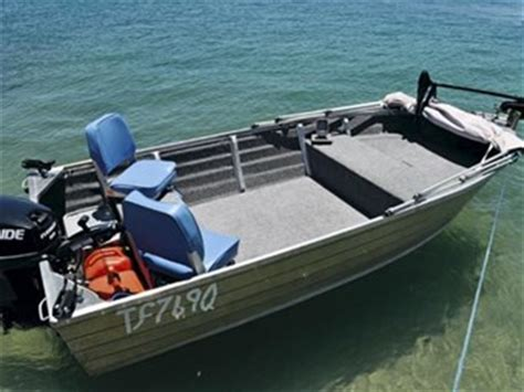 10ft Jon Boat Setup by How To Pimp A Tinnie For 500 Trade Boats Australia