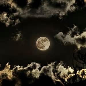 Moon Glorious