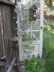 Decorate garden with recycling old doors - 20 creative
