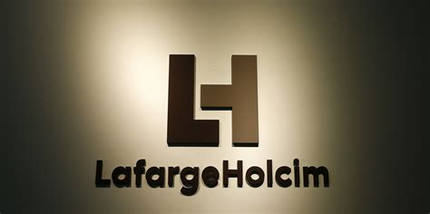 lafarge siege social lafargeholcim admits to financing armed groups in syria