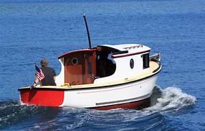 1001 Boats  Cruising Tug