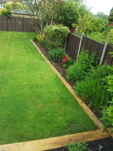 tips  creating railway sleepers garden edging