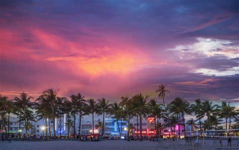 miami august visit condo flordia getty surged luxury sales
