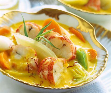 recette originale nage safranee de homard aux legumes