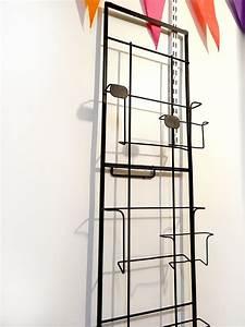 Porte Carte Postale Mural : pr sentoir cartes postales et cadres acier mural brocnshop ~ Teatrodelosmanantiales.com Idées de Décoration