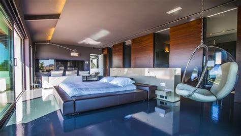 hotel avec dans la chambre a location villa contemporaine avec piscine au pays basque