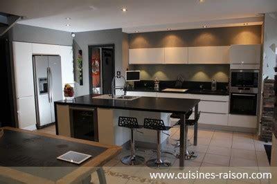 modèle de cuisine épurée moderne architecture subtile cuisines raison