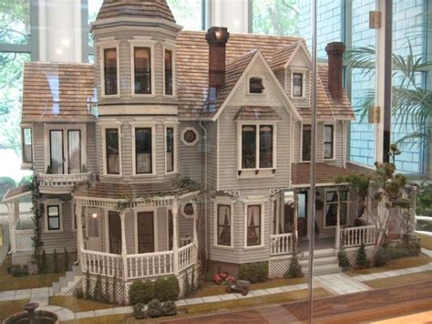 doll house miniature world victoria  wood dollhouse plans  woodworking plans