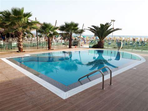 Ylli i Detit - Durres Albania - opis hotelu   TUI Biuro ...