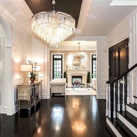 Entryway Chandelier Ideas by 25 Best Ideas About Foyer Chandelier On Foyer