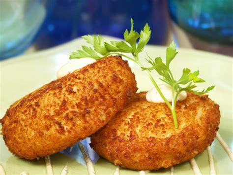 tarte au citron herve cuisine recette facile des crab cakes ou crabcakes