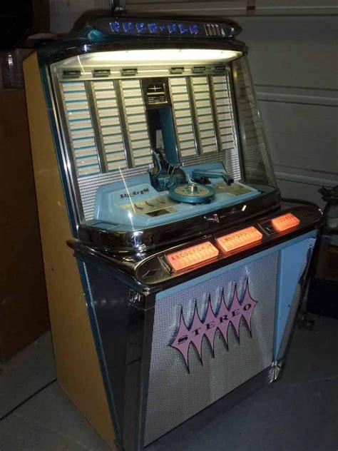rock ola  jukebox revival