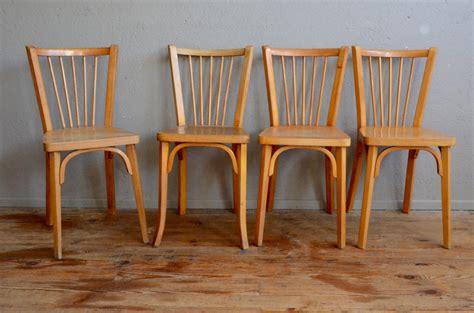relooker chaise en bois chaises bistrot baumann l 39 atelier lurette rénovation de meubles vintage