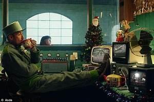 Air Lounge Lidl : asda and argos launch 2017 christmas advert daily mail online ~ Orissabook.com Haus und Dekorationen