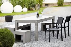 beton tisch garten esstische von jankurtz architonic With französischer balkon mit beton tisch garten