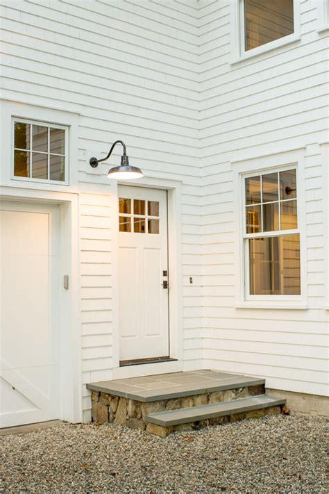 modern farmhouse exterior lighting please share the manufacturer of the exterior gooseneck