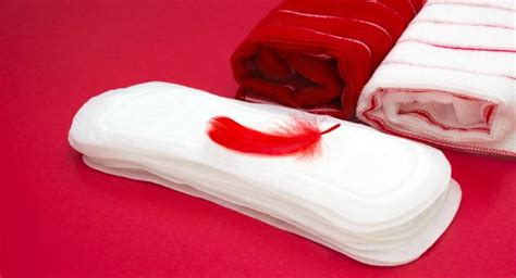 menstruation tip  extra cotton pads  avoid stains