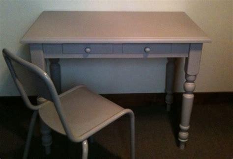 bureau bois gris bureau en bois gris avec chaise atelier darblay le