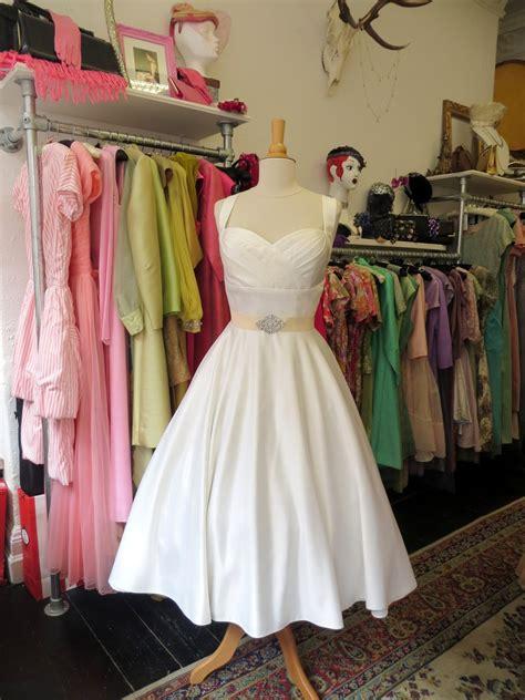 dirty fabulous vintage style tea length wedding dresses