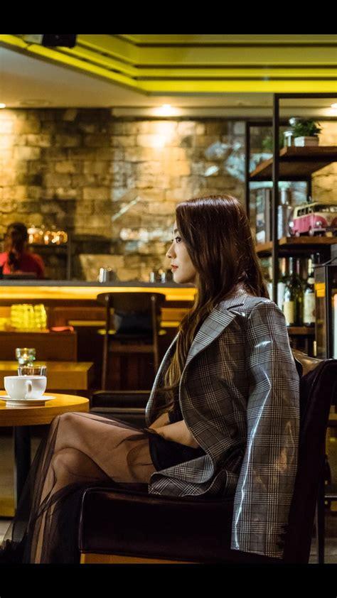 bora elegan  penuh karisma  drama terbaru hwayugi