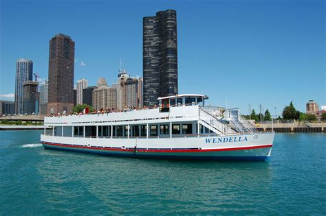 Wendella Boat Tour Route by Chicago River Architecture Tour Wendella Sightseeing