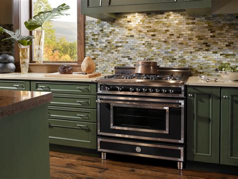 Bertazzoni Backsplash : Kitchen Tubber Kitchen Remodel With Bertazzoni Range And