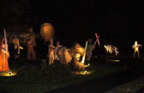 giant star wars scarecrow scene created  front yard