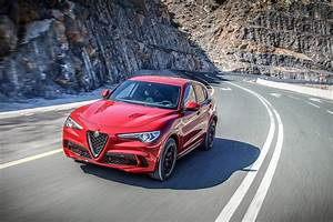 Stelvio Alfa Romeo : alfa romeo stelvio quadrifoglio is a 505hp powered beauty drivers magazine ~ Gottalentnigeria.com Avis de Voitures