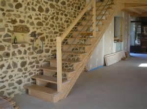 Construire Un Escalier En Bois Droit by Installer Un Escalier Droit Elle D 233 Coration